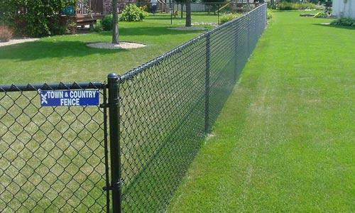 coated chain link fence  2