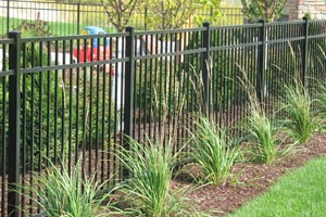 Custom Aluminum Fence Supplier