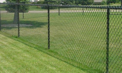 Green vinyl chain link fencing materials : Vinyl chain link fences